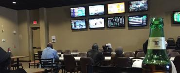 Card room and simulcast pari-mutuel wagering, Gretna